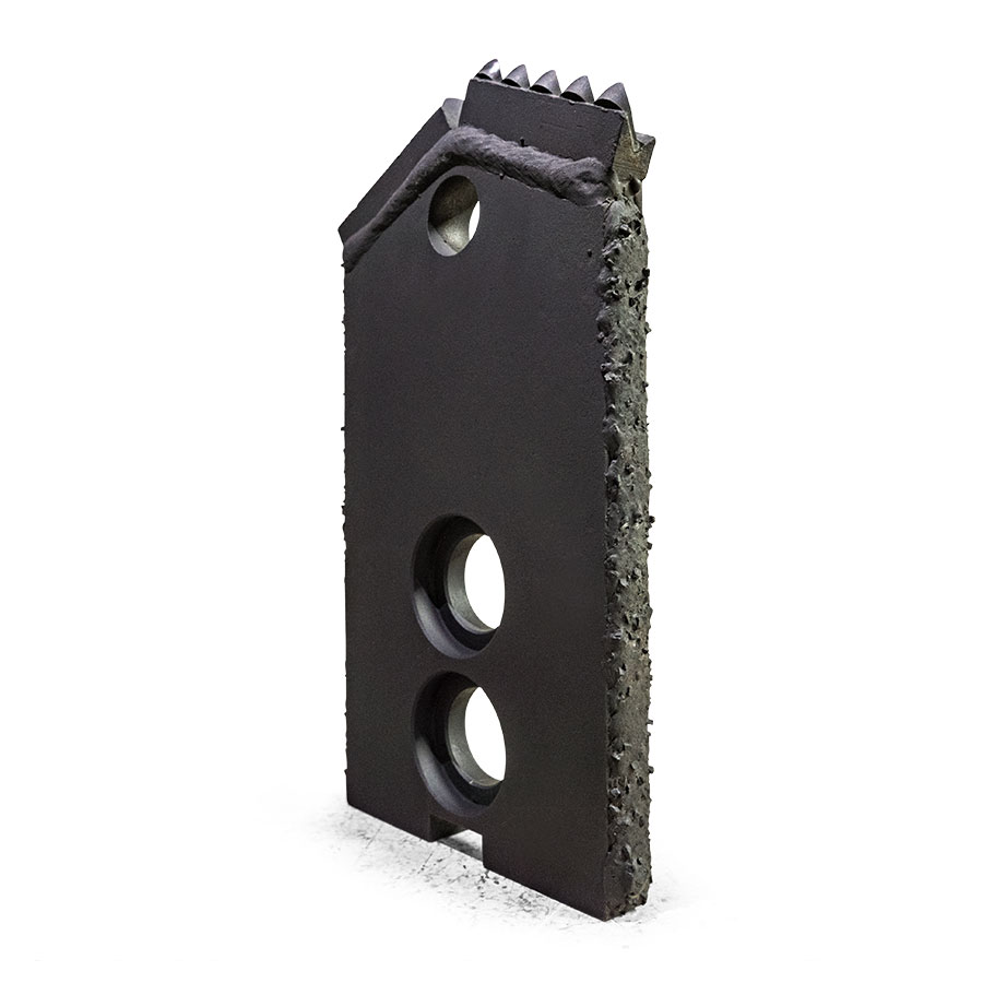 armadrillco-5in-serrated-bit-angle-view